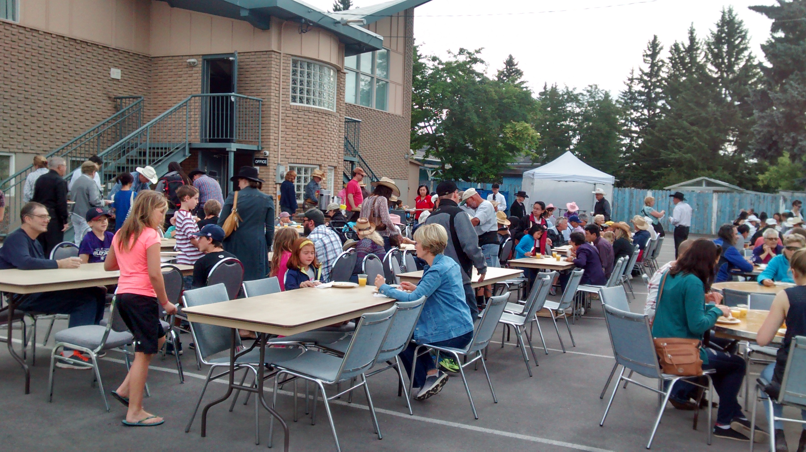 Scandinavian Centre Stampede Breakfast 2017